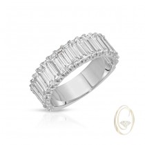 18K DIAMOND BAND RING