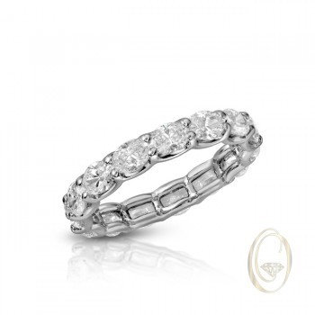 18K OVAL DIAMOND ETERNITY RING