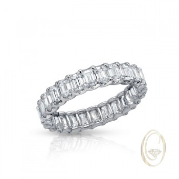18K EMERALD-CUT DIAMOND ETERNITY RING