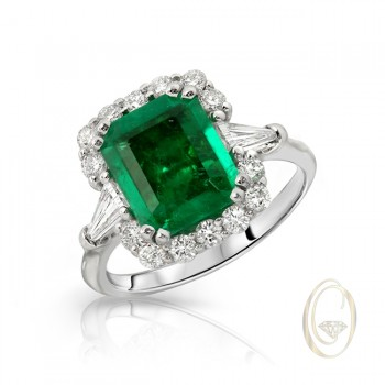 18K EMERALD DIAMOND RING
